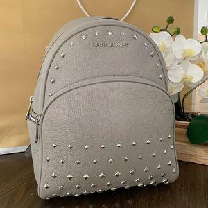 Michael Kors Abbey MD Backpack Grey